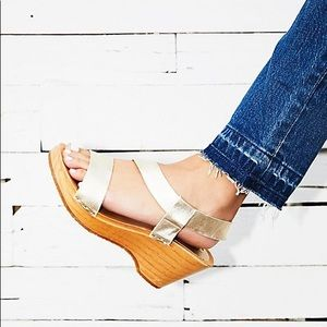 New Free People Gold Clogs Sandal